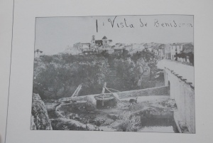 "The noria and donkey on the road out of Benidorm towards Valencia. Early photograph by the celebrated Benidorm photographer ""Quico"". Late 1950s"